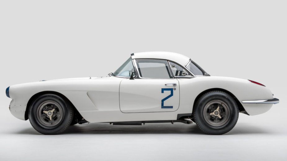 1960 LeMans Corvette Side