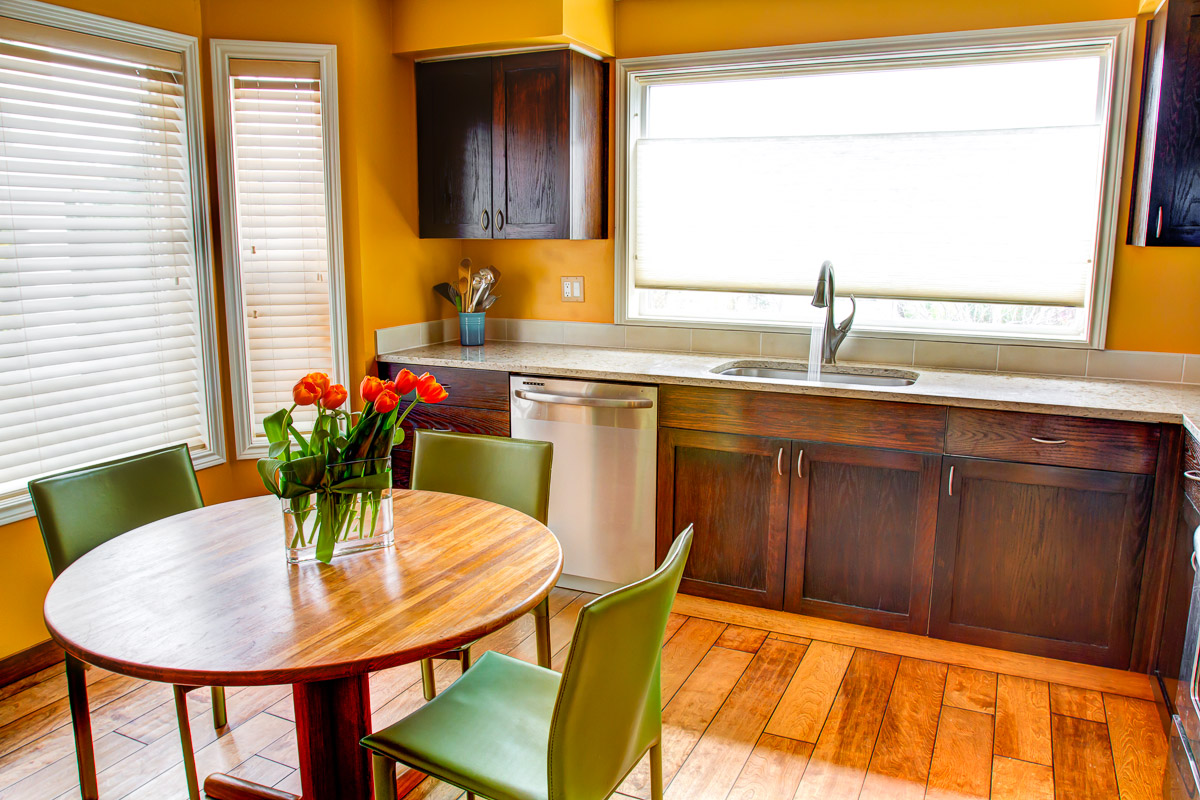 Wood Laminate Flooring For Your Kitchen Remodel