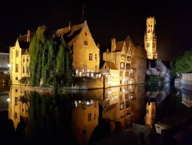 bruges_canal_by_night___1_by_wildplaces-dc3mz6n