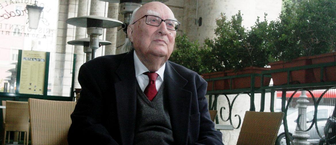 """Andrea Camilleri """"Uno scrittore italiano nato in Sicilia"""""""