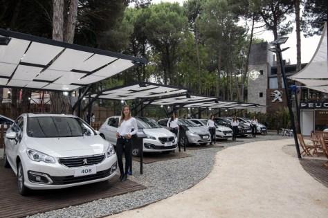 Stand de Peugeot en Cariló 2016