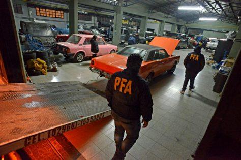 Incautaron autos de Lázaro Báez