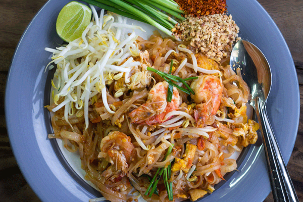 Phat_Thai_kung_Chang_Khien_street_stall