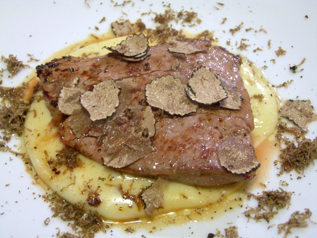 Filetto al tartufo su fonduta
