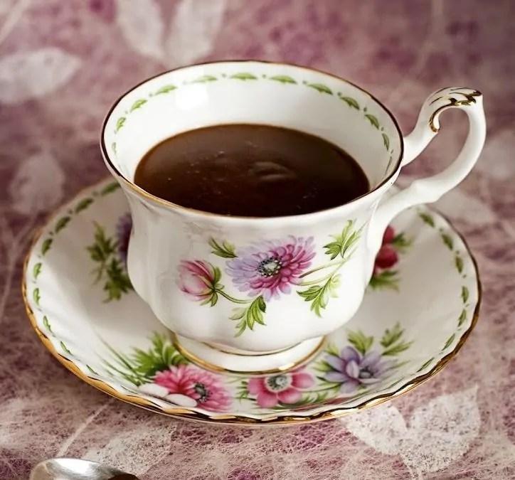 Cioccolata Calda in Tazza al Caffè