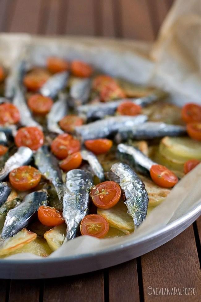 sardine patate e pomodorini