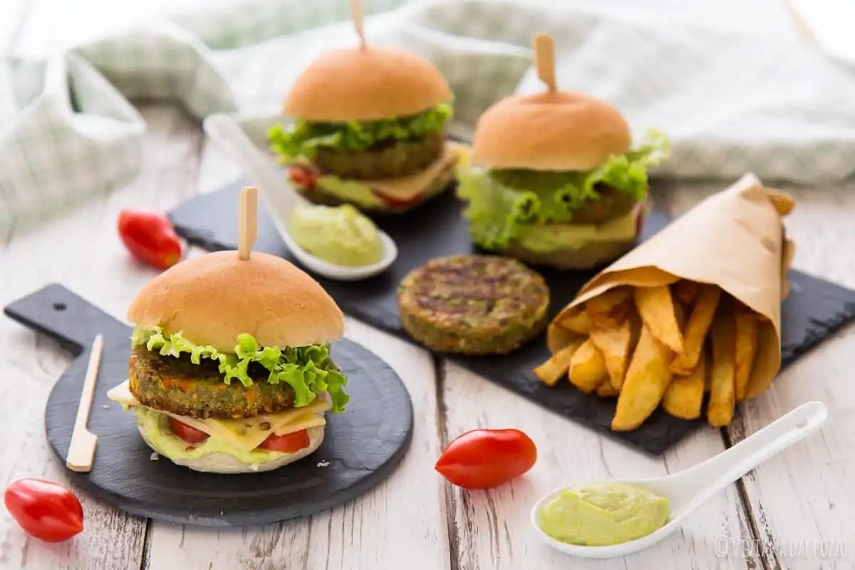 Mini Burger Vegetali con maionese di edamame e le dritte sui surgelati che non sapevo