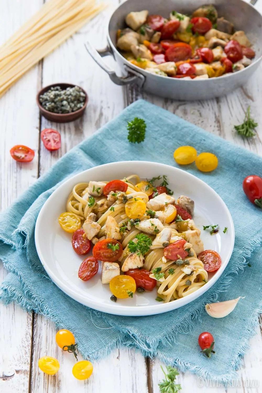 Pasta con Ricciola e pomodorini, un sugo perfetto per gli spaghetti