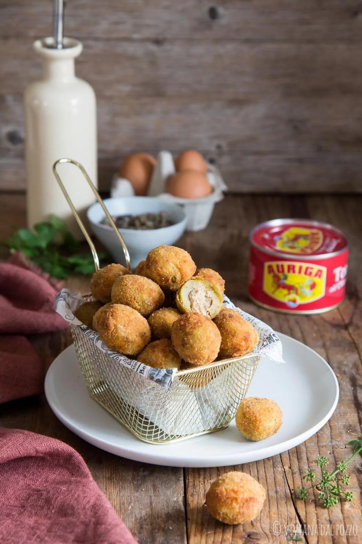 Olive ripiene di tonno fritte
