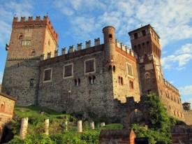 Castello-di-Monticello-dAlba