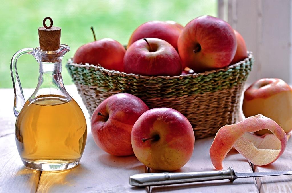 Apply apple cider vinegar
