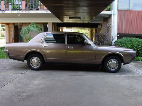 retro_car2.jpg