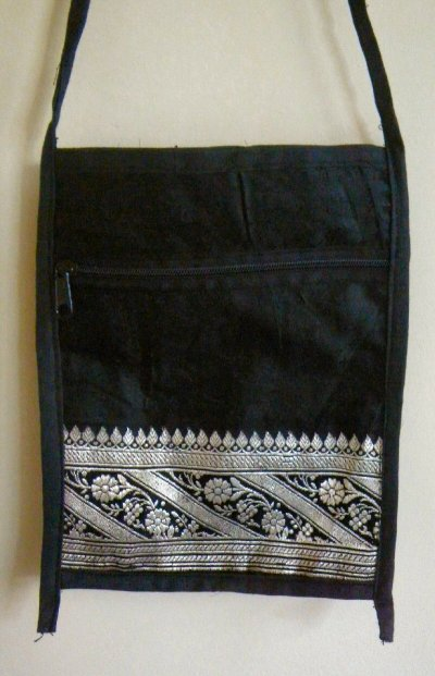 Sari Passport Bags Black