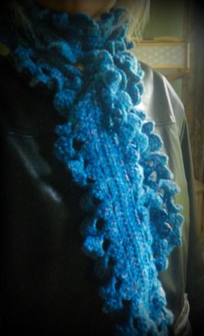 turquoise crochet ruffle scarf