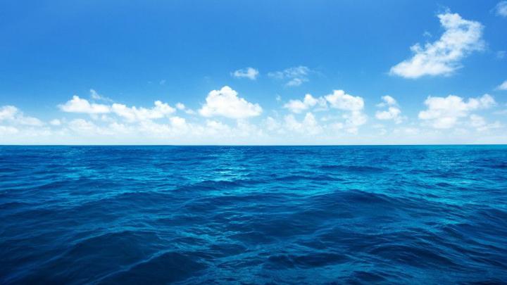 Per què el mar és de color blau?