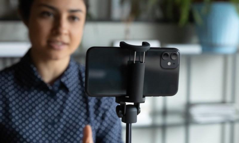 Κάνε το κινητό σου webcam