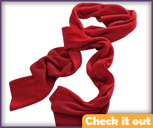 Red scarf to wear around the waist.