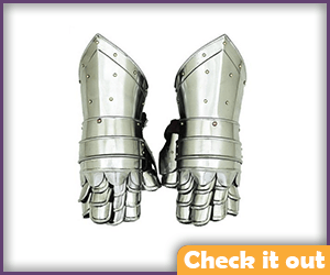Metal Gauntlet Gloves.