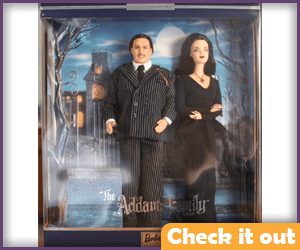 Morticia and Gomez Addams Figures.