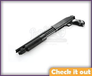 Mossberg Rifle Replica.
