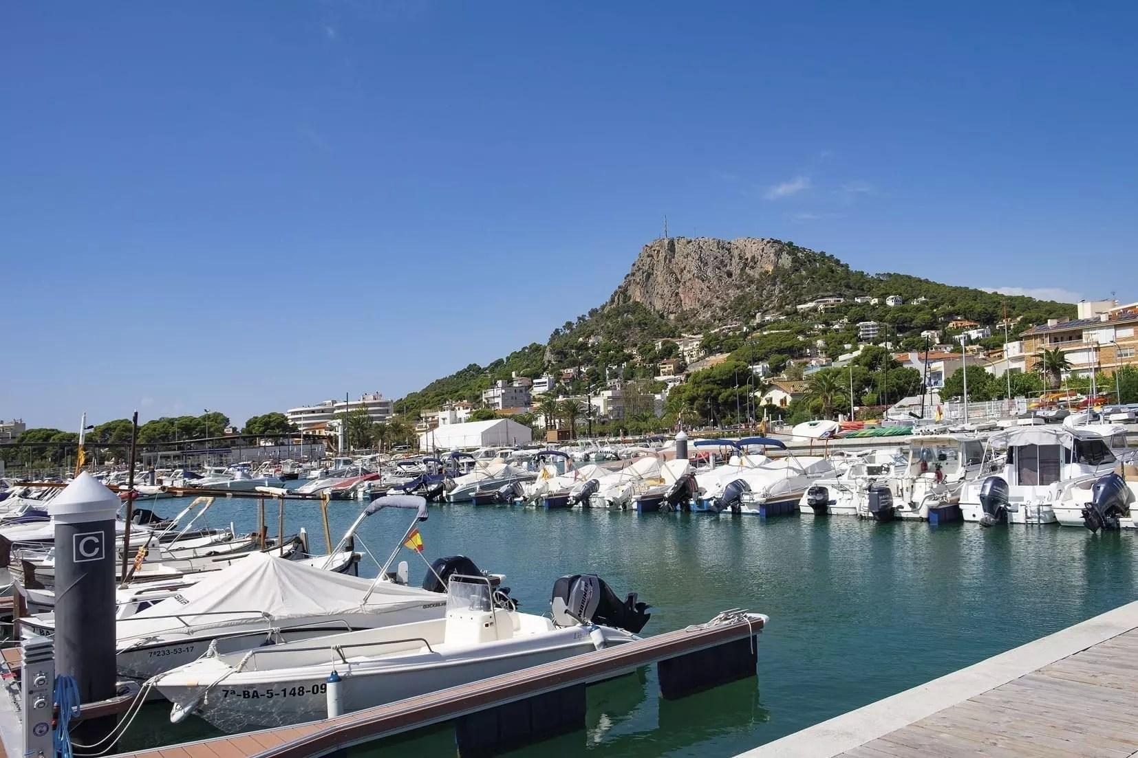 Hafenbecken von l'Estartit