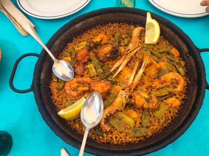 Paella mixta in Valencia