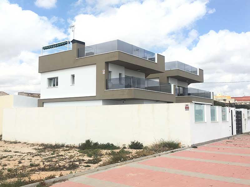 villa in pilar