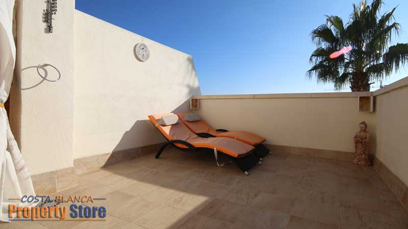 3 bed townhouse in villamartin