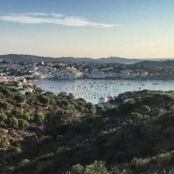 Bei gutem Wetter lohnt sich frühes ausgestehen: Cadaqués im Morgenlicht