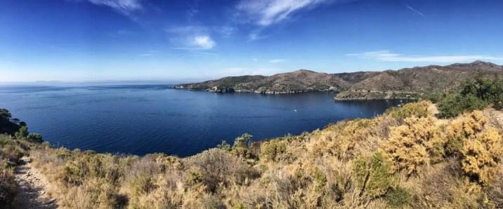 """Blick auf die Bucht """"Cala Montjoi"""", der Heimat des weltbekannten Restaurants """"El Bulli"""""""