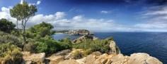 """Der ideal Platz für eine Mittagspause: Fernblick oberhalb der """"Cala Montgó"""". Der Aussichtspunkt an der """"Punta Ventosa"""" wurde früher militärisch genutzt."""