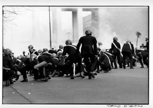 carabinieri e lacrimogeni universit_ roma anni 70