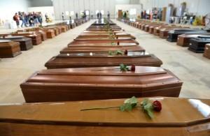 bare-delle-vittime-di-lampedusa-03-ottobre-2013