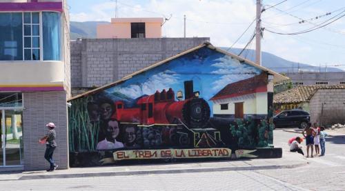Train mural in Salinas