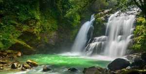 Costa Rica Nauyaca waterfalls