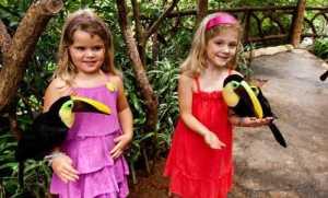 kids at La Paz waterfall gardens