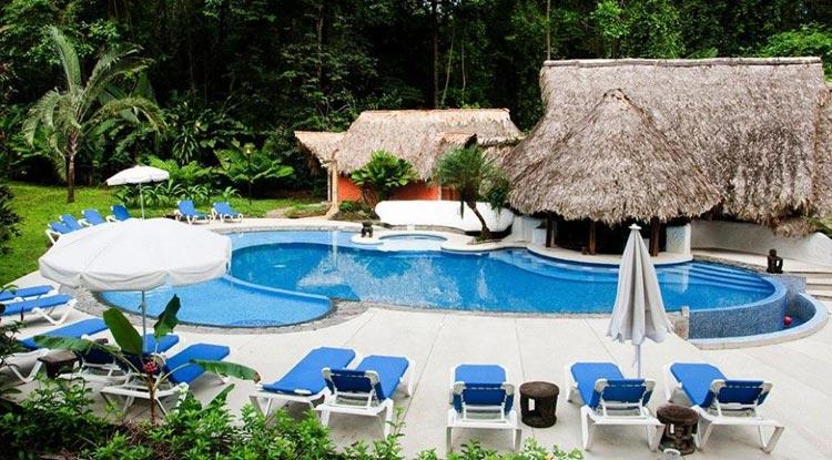 Cariblue-swimming-pool