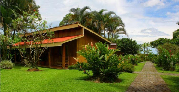 Catarata-Eco-Lodge