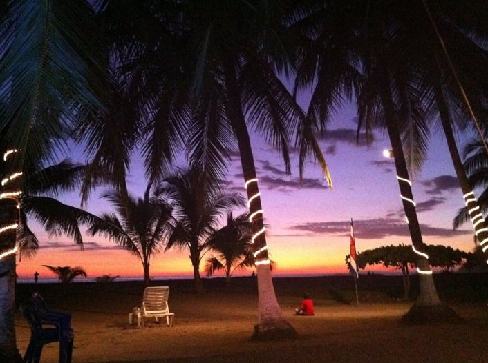 Clarita's Beach Hotel 1