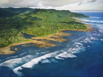 Costa Rica --- Osa Peninsula Coastline in Costa Rica --- Image by © Frans Lanting/Corbis