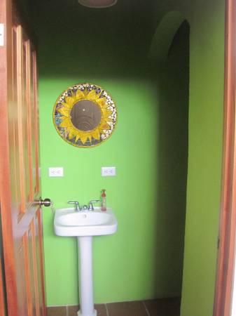 ee4215-guest-bath