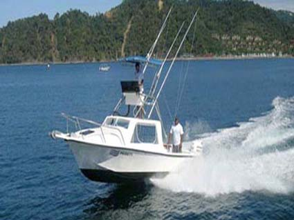 costa rica fishing boat