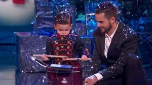 "Hugo-Molina-y-su-tambor-en-la-final-de-«Got-Talent»-MEDIASET-300x169 Hugo Molina Ganha ""Got Talent Espanha"""
