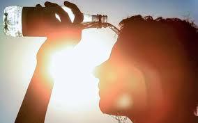 Beba-muita-agua Chega o Verão e com muito calor