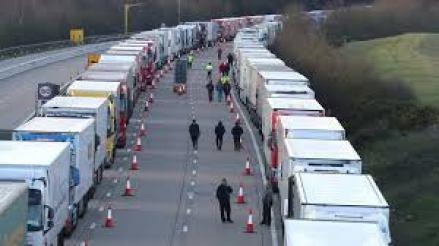 Motoristas-Portugueses Motoristas portugueses devem passar fronteira inglesa