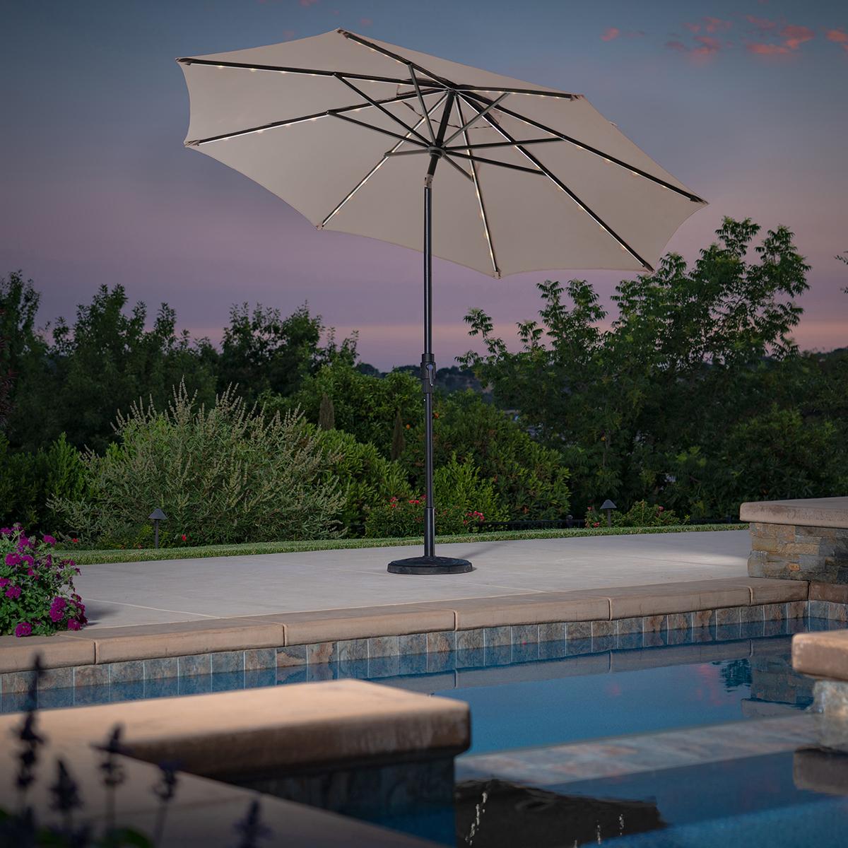 sunvilla sombrilla de 3m con luz led para patio color piedra costco mexico