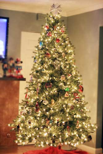 12 Ft Pre Lit Artificial Christmas Tree