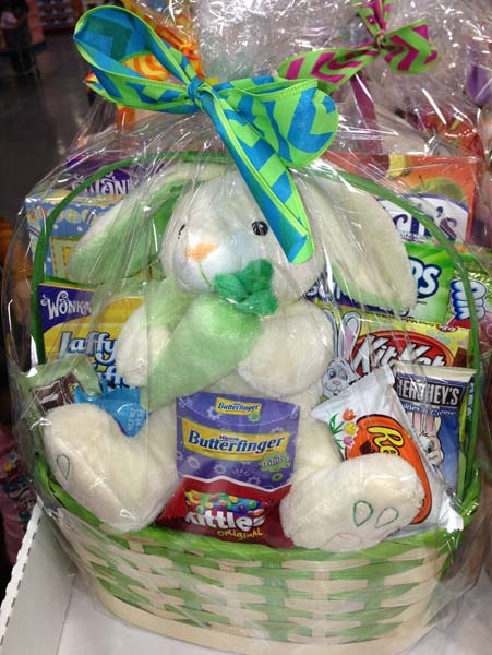 Costco easter baskets costco insider costco easter basket 2 negle Images