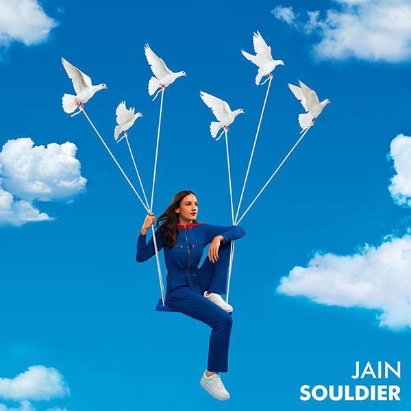 Jain en concert à Cannes