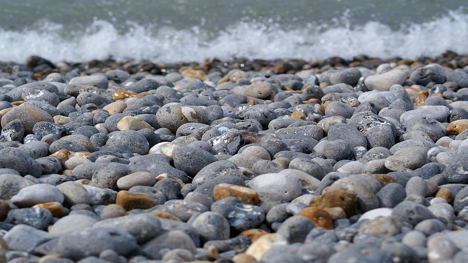 Conférence «Le voyage du galet, du Mercantour à la Baie des Anges ?»